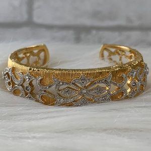 Gold diamondesue adjustable bracelet